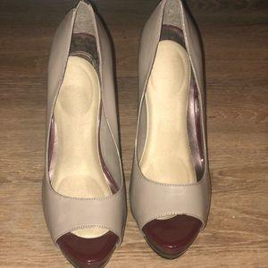 Jessica Simpson 3 tone/colored heels (Sz 9.5)